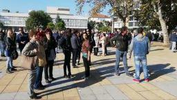 Съдът даде отсрочка на граничарите, съдени в Турция. Стотици ги подкрепиха