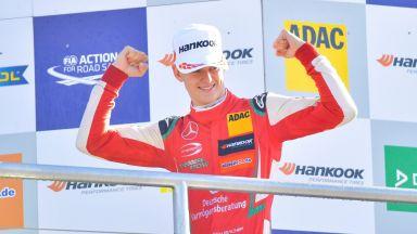 """Новият Шумахер на последното стъпало преди """"Формула 1"""""""