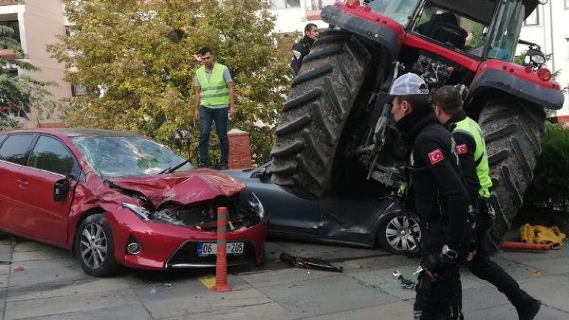 Мъж с трактор опита да нахлуе през централния вход на