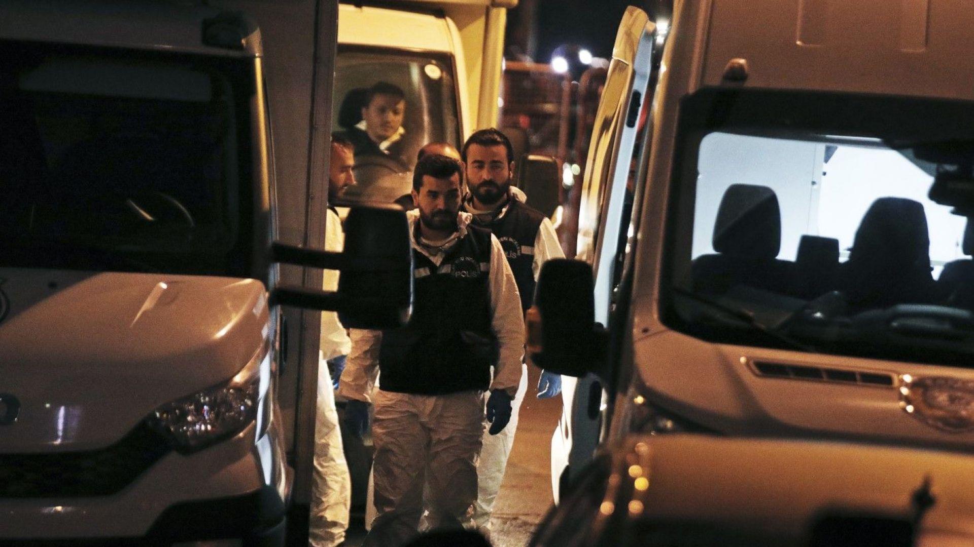 Турски официален представител заяви за Асошиейтед прес, че полицията е