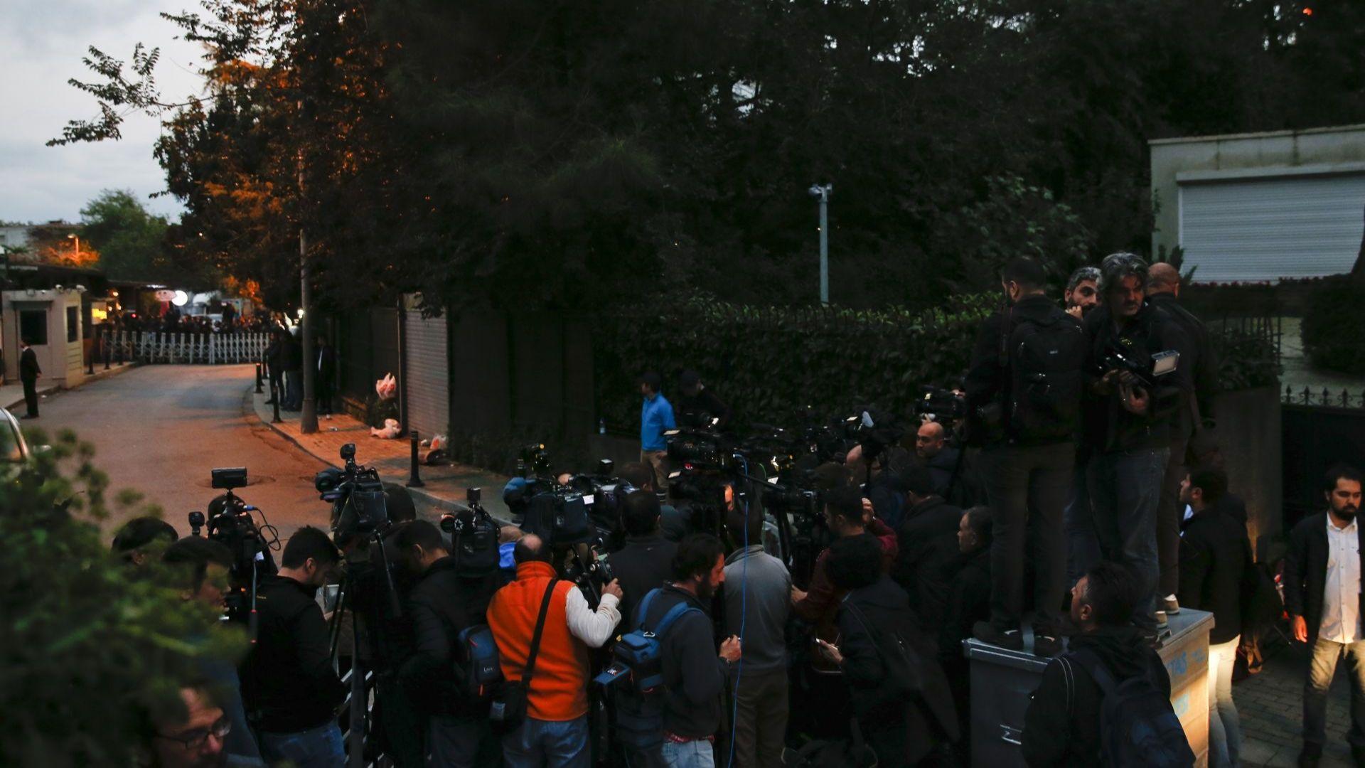 Саудитският консул напуснал Турция, час преди полицията да обискира резиденцията му