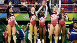 Расизъм остави американската гимнастика без шеф