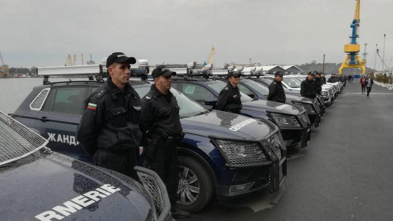 Полицията в Бургас получи 73 патрулни джипа