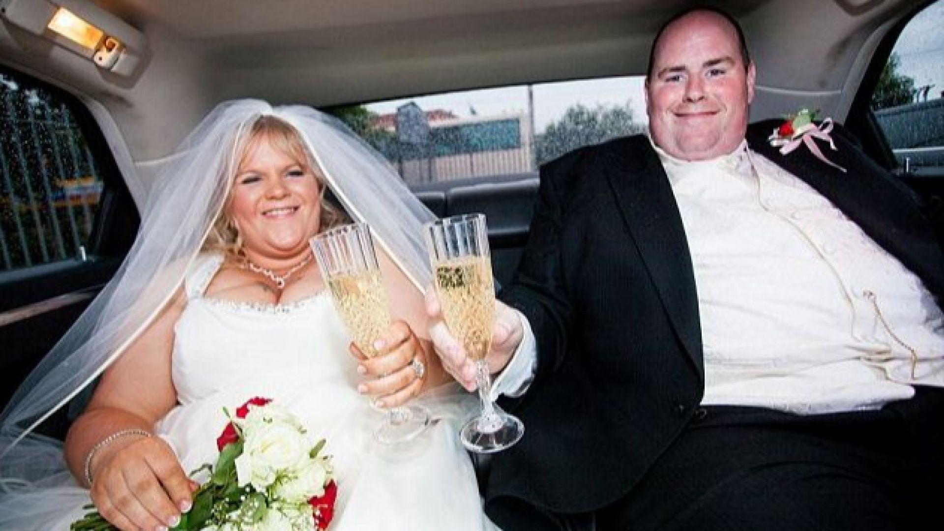 Те се засрамиха от сватбените си снимки и свалиха 135 кг