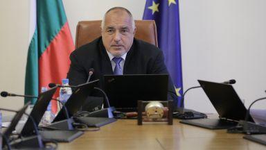 """Премиерът няма да иска оставка от Симеонов заради """"риск от катастрофа"""""""
