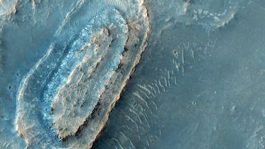 Учени спорят къде да кацне следващият роувър на Марс