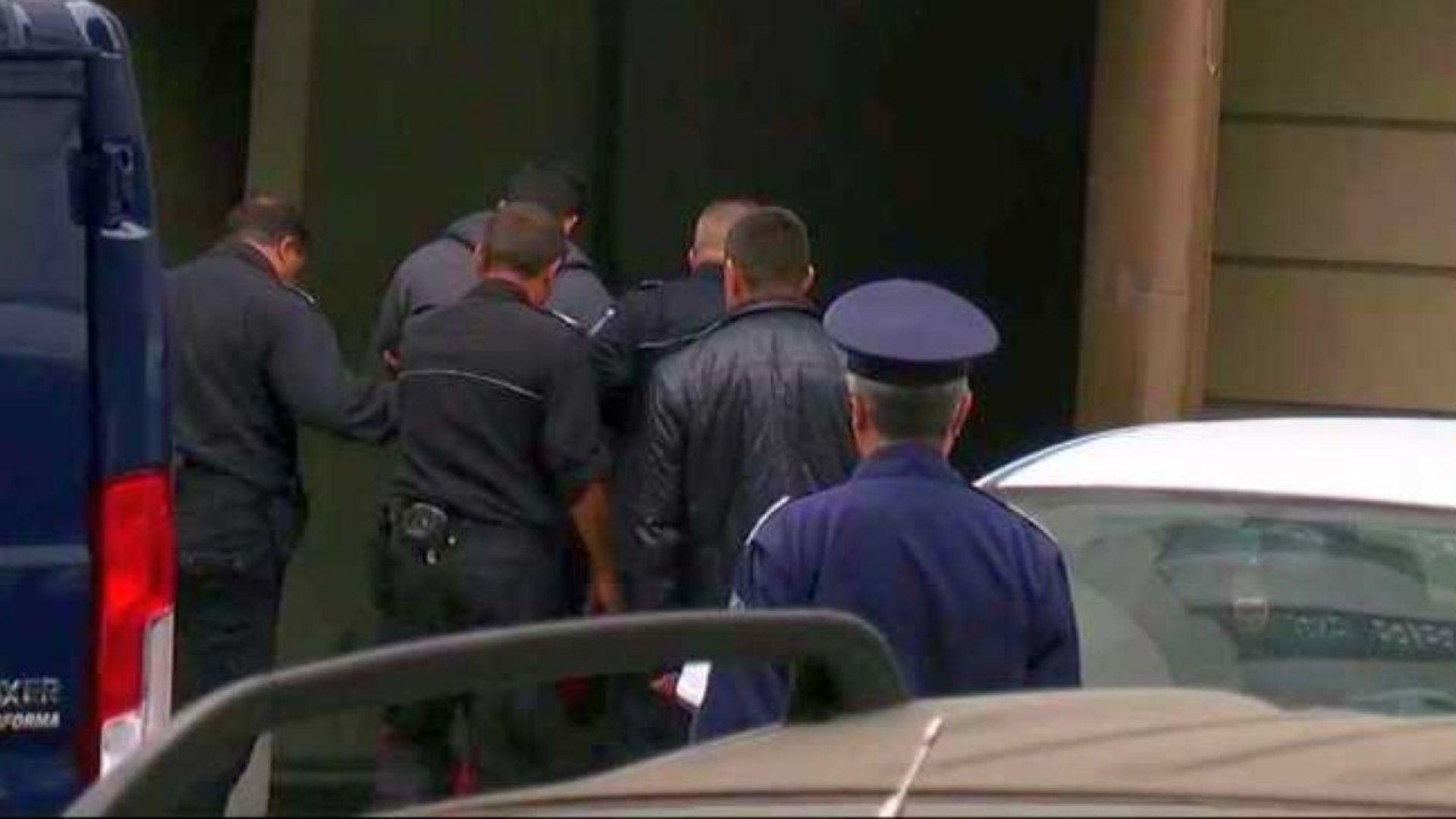 При засилена охрана Северин Красимиров, който е обвинен в убийството