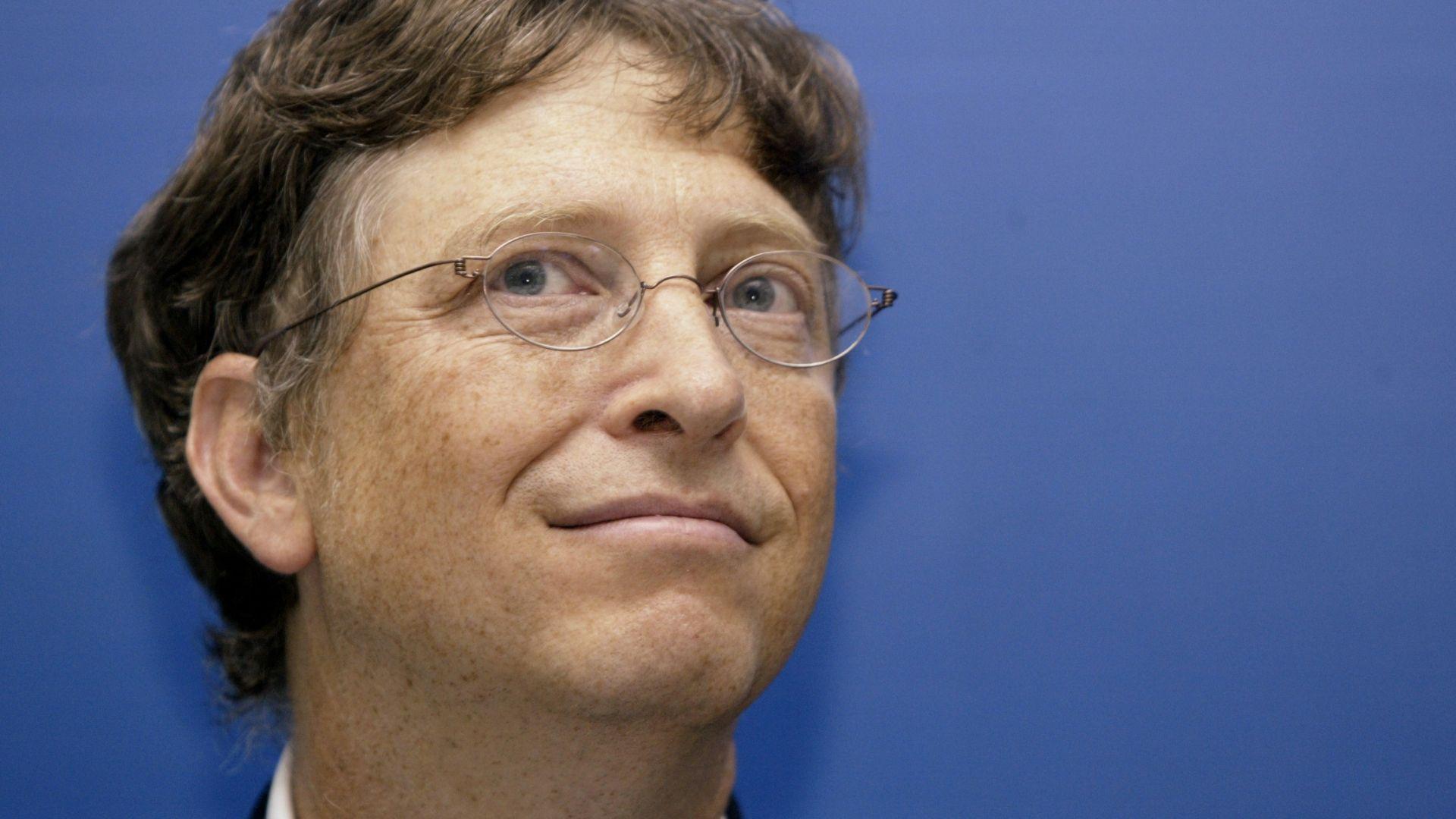 Основателят на Майкрософт (Microsoft) Бил Гейтс стана електронен гражданин на