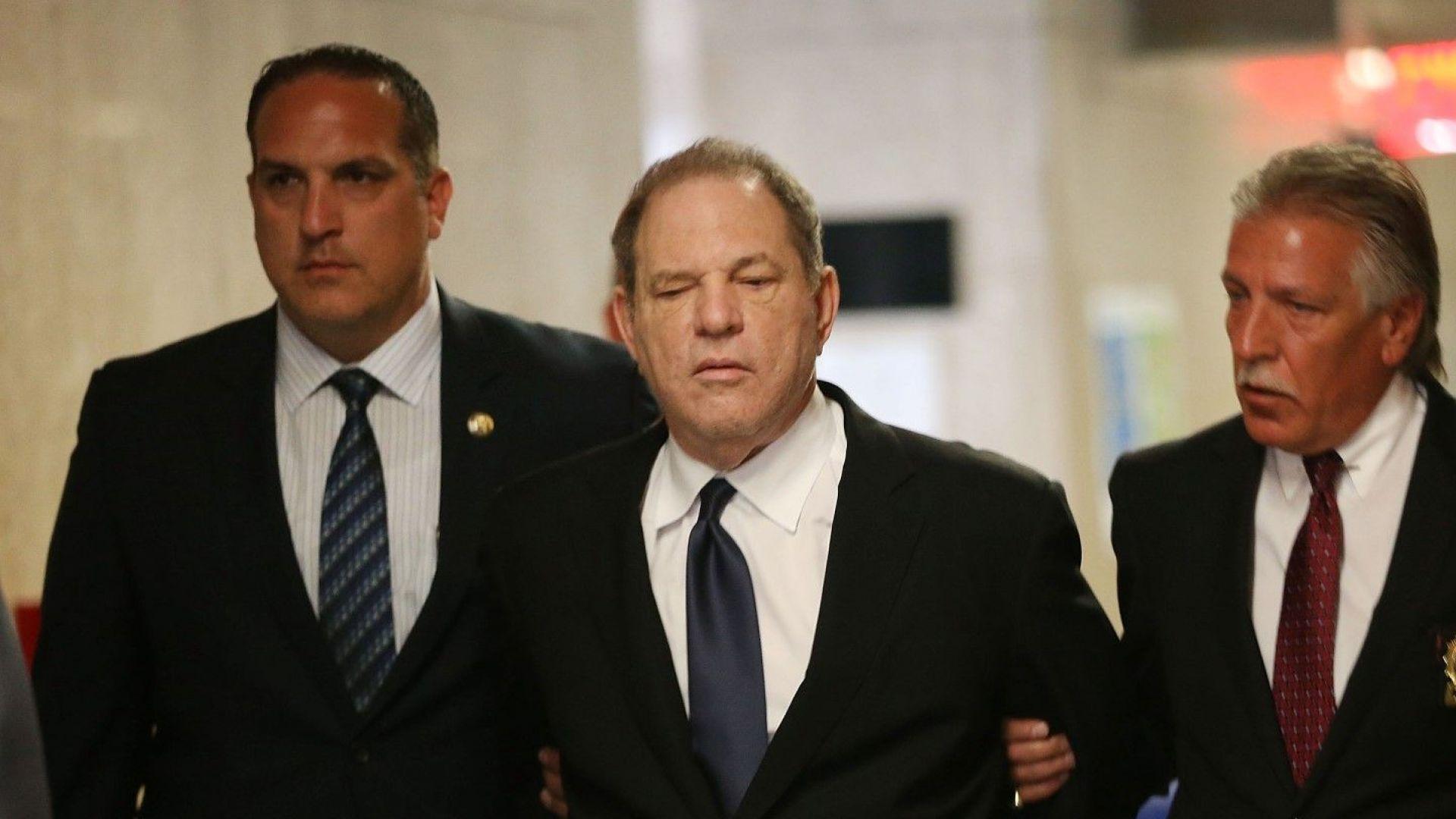 Обвинението срещу Уайнстийн отслабено заради детективска намеса