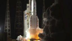 Стартира седемгодишна мисия към планетата Меркурий (видео)