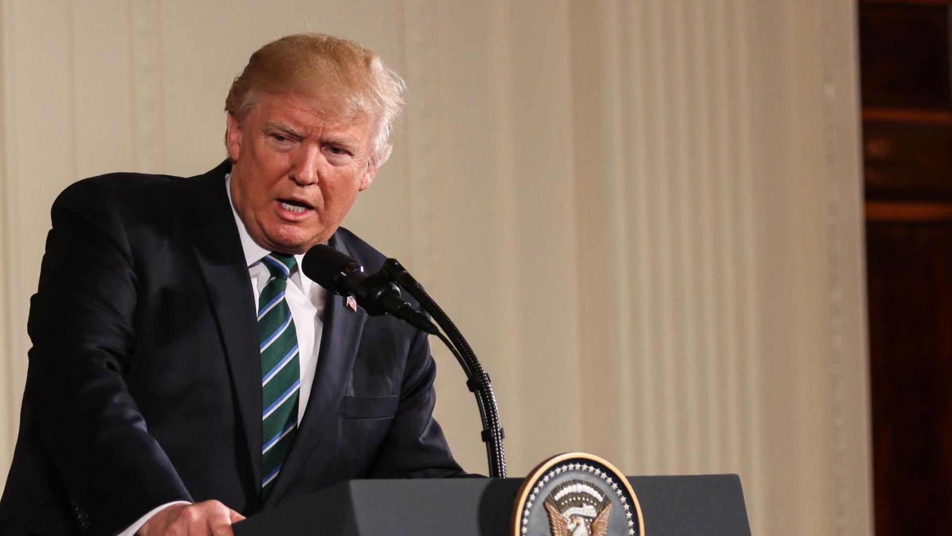 Войната на Тръмп с прокурорите по делото за Русия продължава