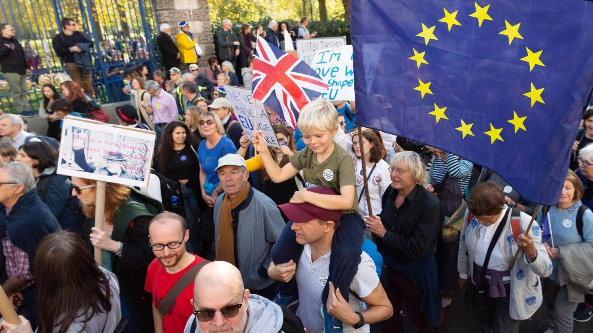 Отрезвяване по британски: 80% от бизнеса съкращава хора и инвестиции заради Брекзит