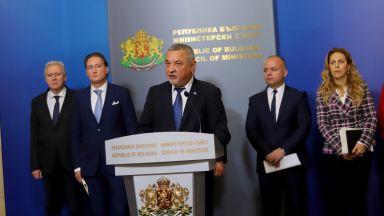 Бизнесът подкрепи Валери Симеонов да не подава оставка