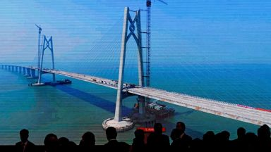 Най-дългият морски мост свърза Хонконг, Макао и китайски град