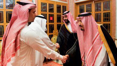 Саудитският крал и престолонаследникът приеха роднини на Кашоги
