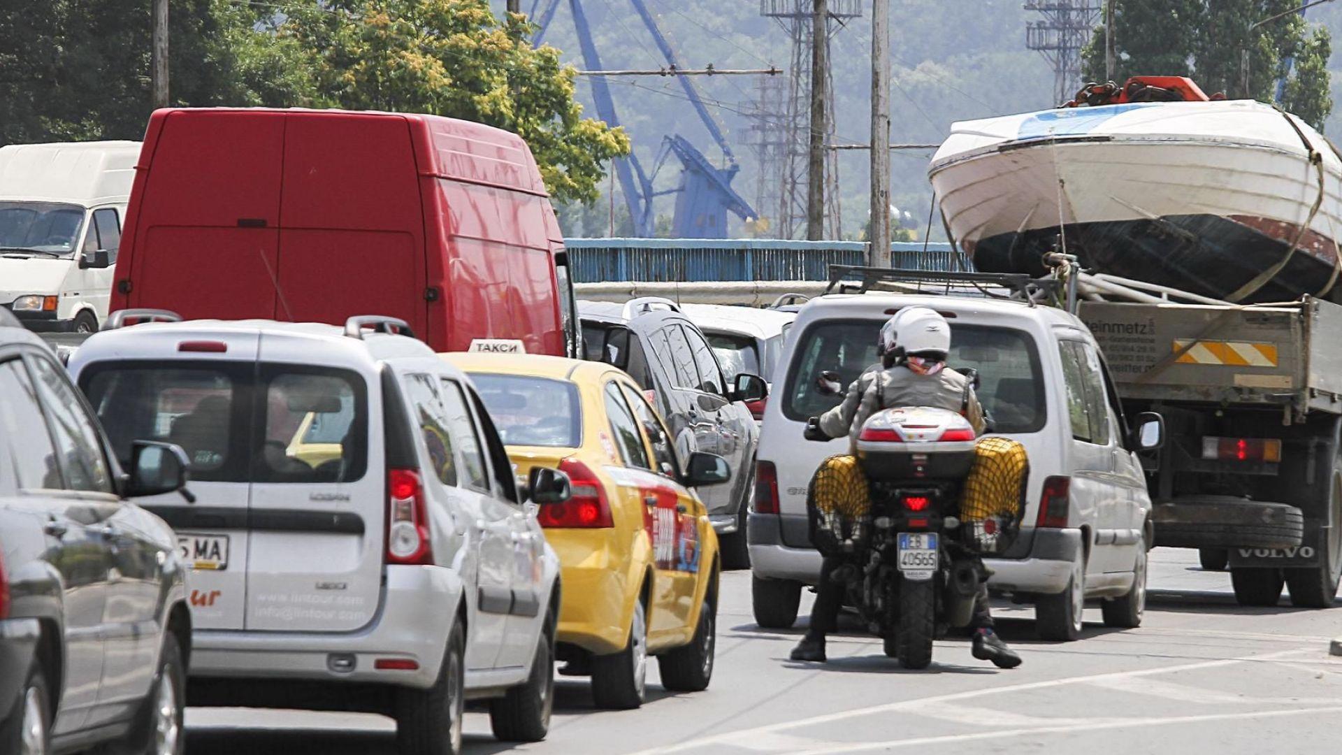 Румъния и България се обединяват да ограничат вноса на стари автомобили