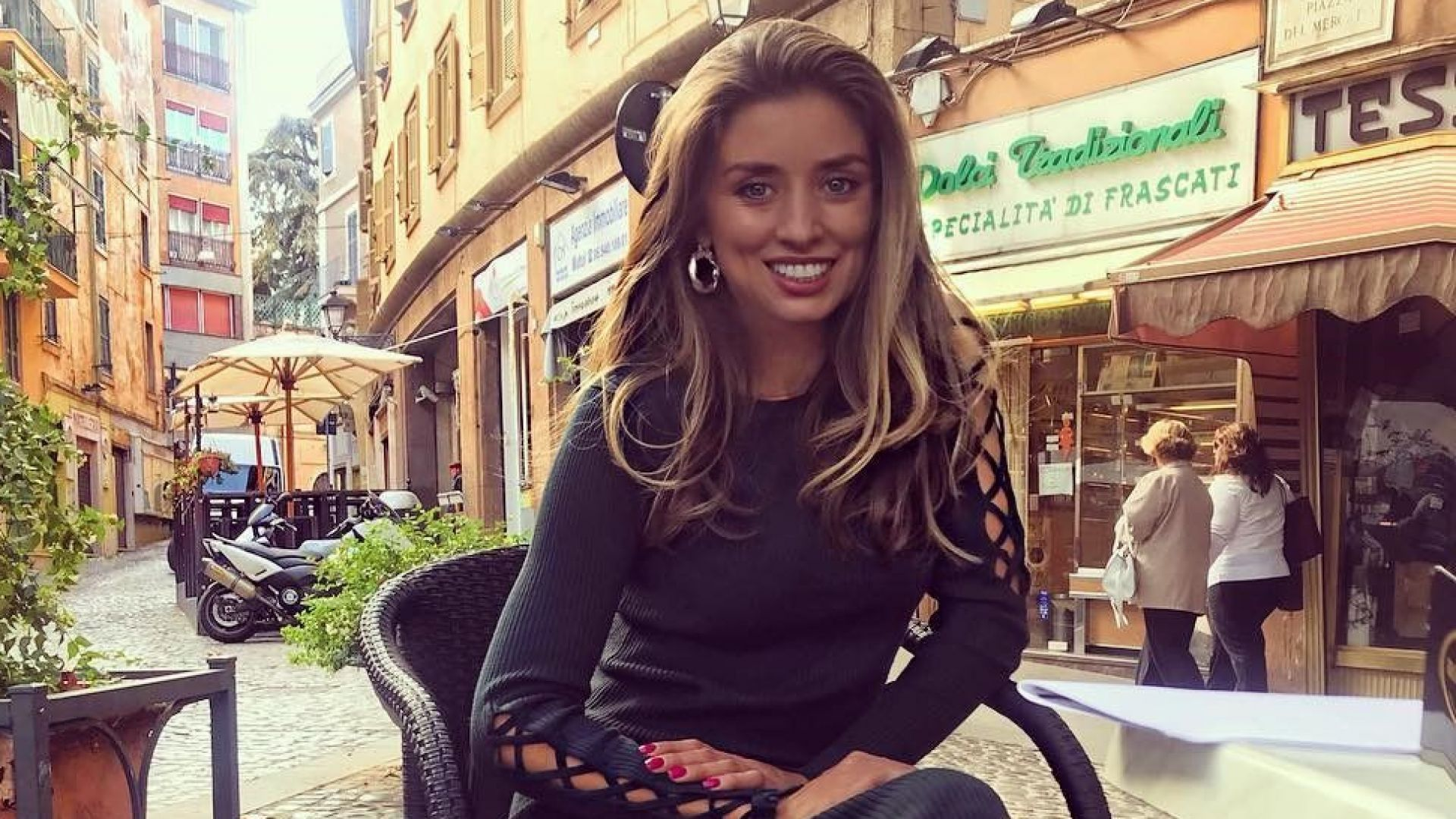 Саня Борисова неотразима в Рим