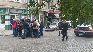 Евакуират Военна академия, открита е 250-килограмова бомба (снимки)