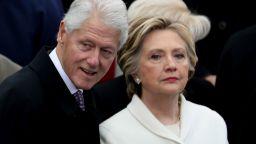 Бившият президент на САЩ Бил Клинтън е изписан от болница