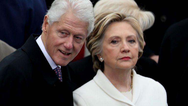Бившият президент на САЩ Бил Клинтън, който беше настанен в