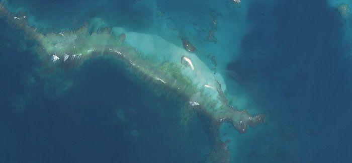 Потопеният остров след урагана в началото на октомври