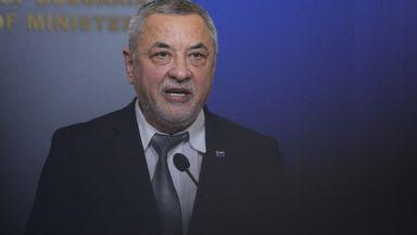Симеонов: Причината за оставката ми е продължаващата медийна кампания, в която съм обект