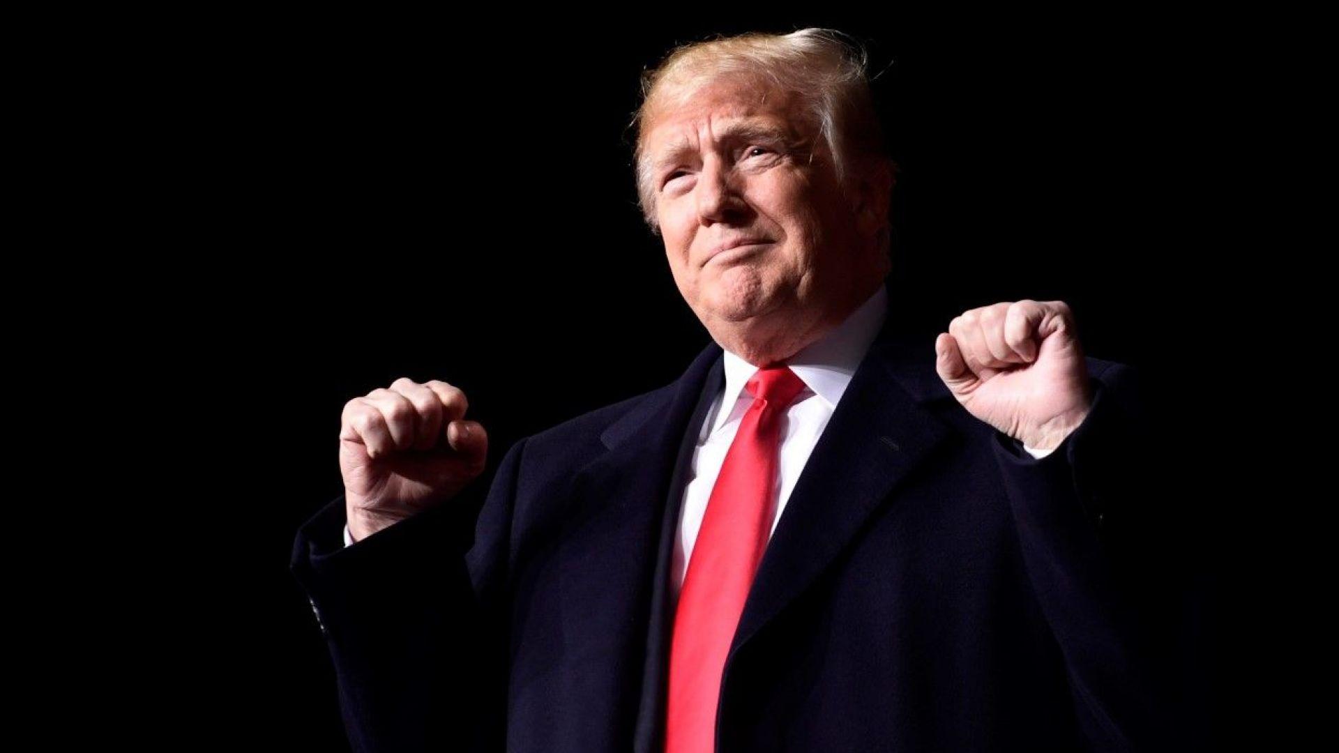 """След бомбите по пощата Тръмп атакува """"медийната враждебност"""""""