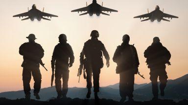 """НАТО започна голямо учение в Украйна, Русия отговаря с маневри в """"центъра"""""""