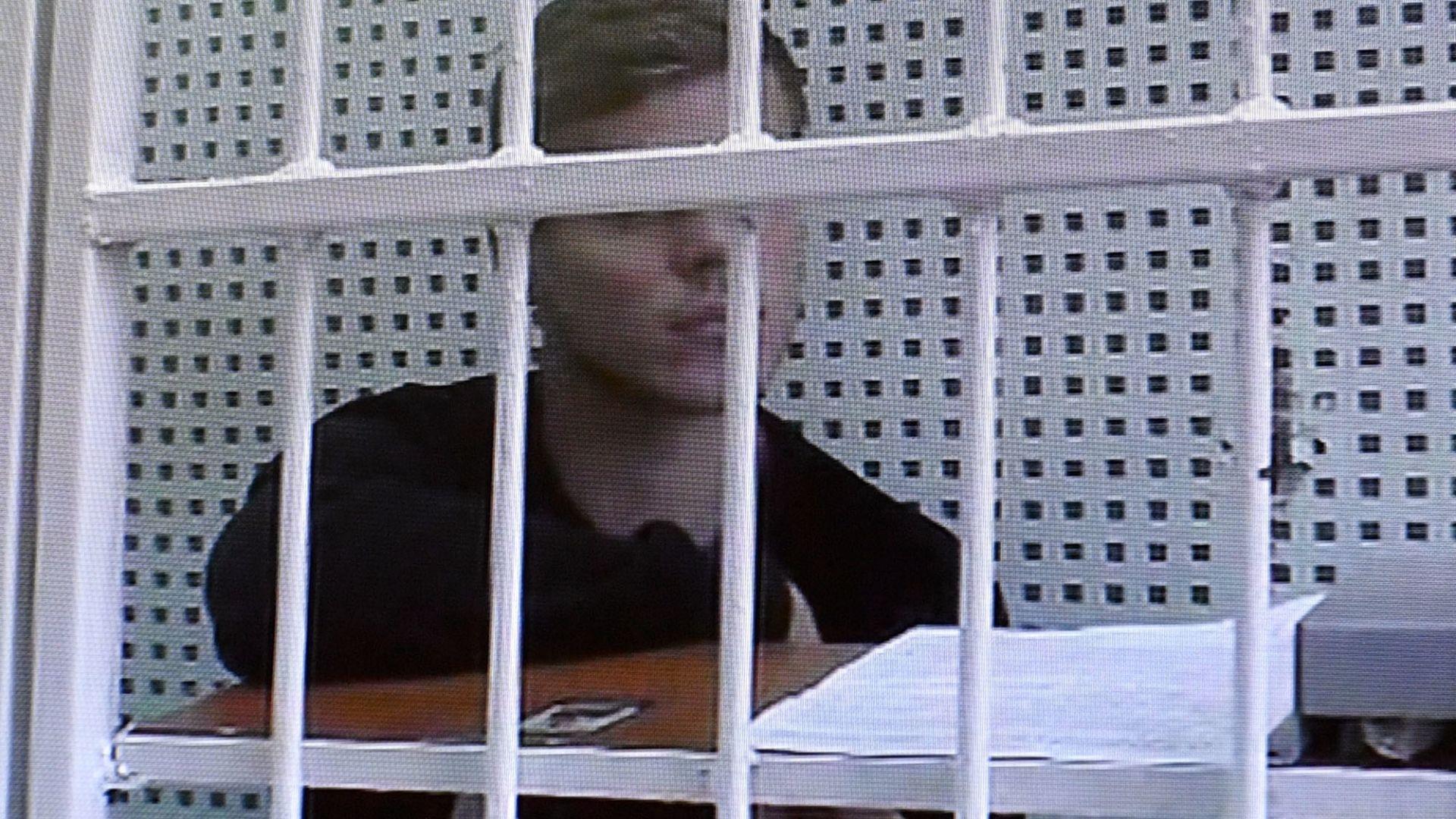 Съдът остави руските национали-биячи зад решетките след култово заседание