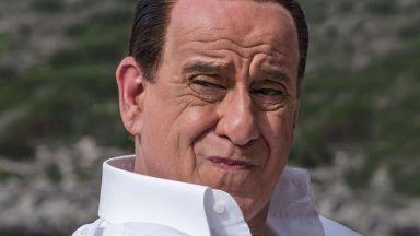 Скандалният хит на Сорентино за Силвио Берлускони тръгва в арткината