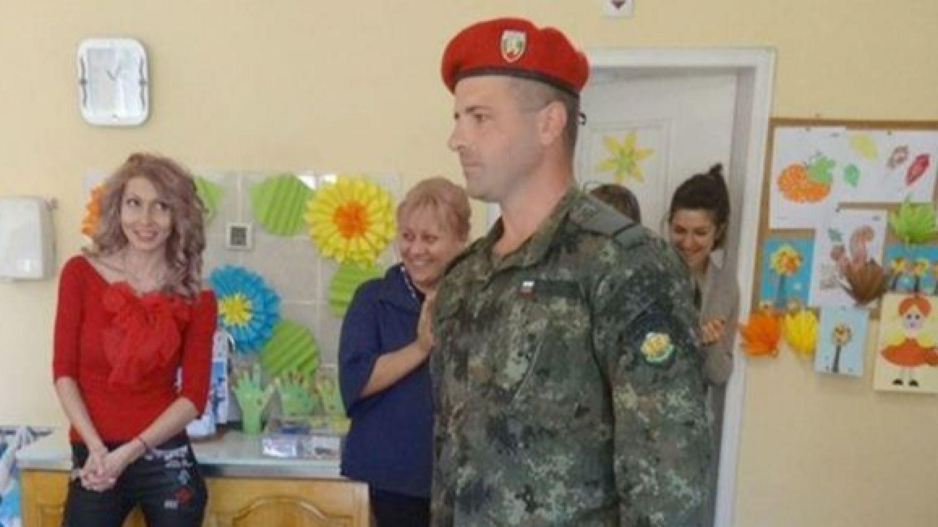11-годишният Божидар стреля с най-точния снайперист Крум Хаджипетков