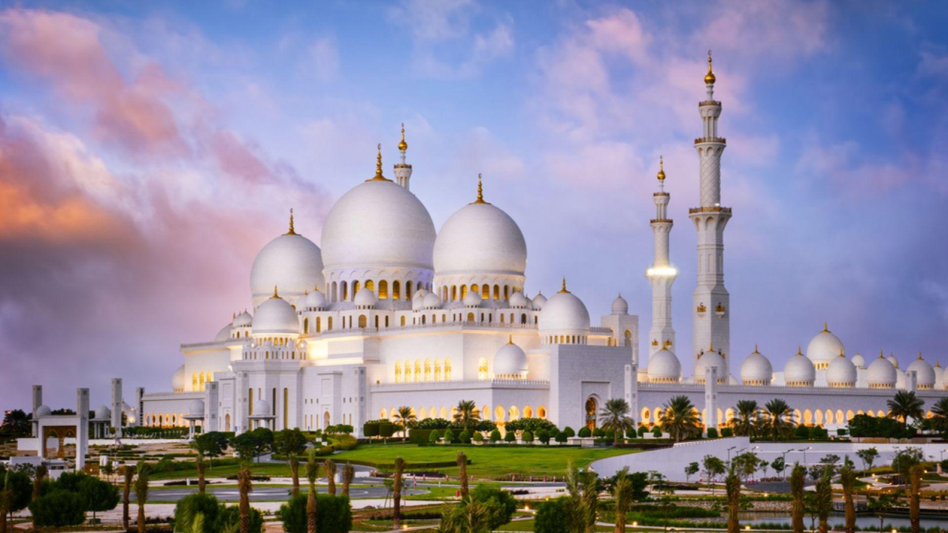 В Абу Даби само със зелен статут на плаж, в хотелите и заведенията