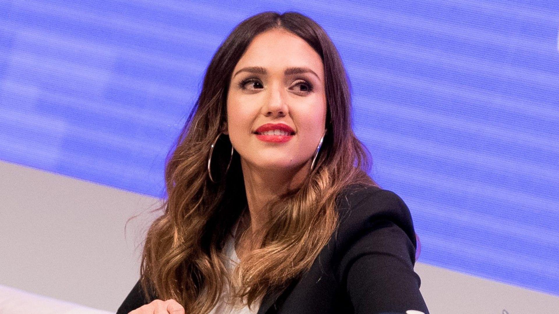 Джесика Алба: Отвлякоха ме, когато бях на 15