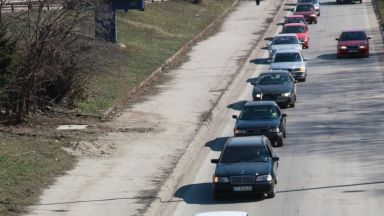 Бургаски шофьори стягат протест срещу скъпите горива