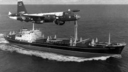 Карибската криза - когато САЩ и СССР спореха за балистични ракети (архивни кадри)