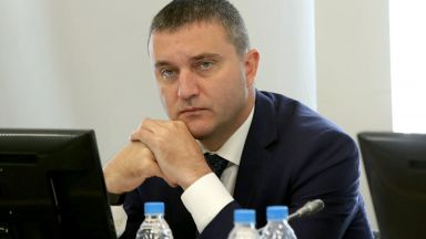 Владислав Горанов: Можем да платим наведнъж осемте F-16