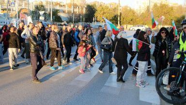 Протести в над 30 града срещу цените на горивата