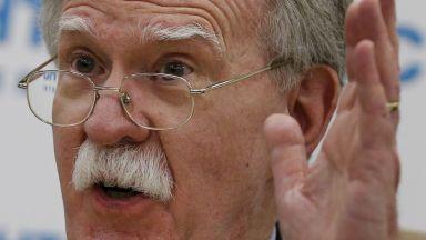 Джон Болтън: Китайските ракети са заплаха и за Русия