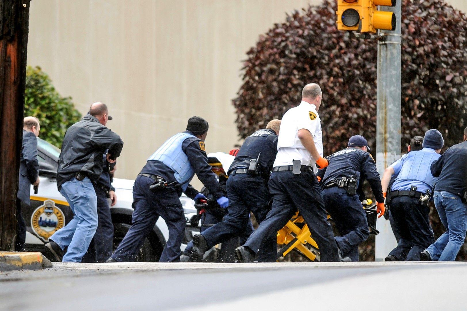 Няколко служители на реда пострадаха при опита да бъде заловен стрелецът