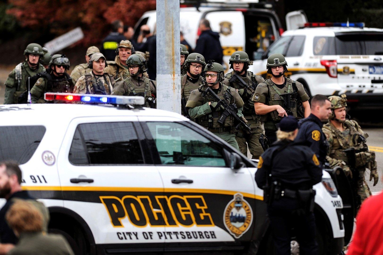 Убиецът се предаде, след като беше ранен при престрелка с тежковъоръжени полицаи
