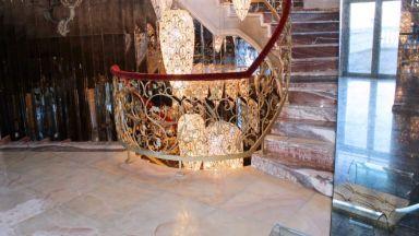 МВР показа отвътре дома на Баневи (снимки и видео)