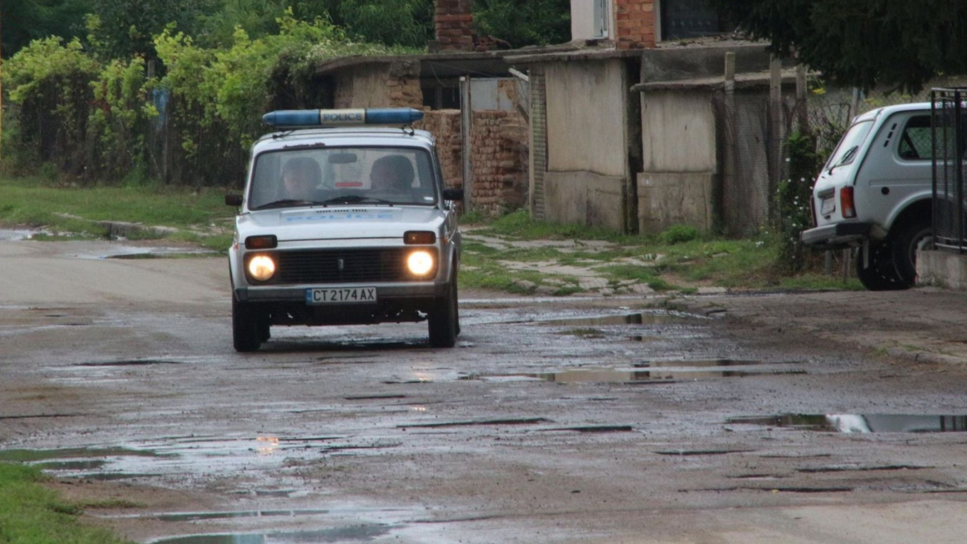 16-годишен нахапа полицай край Казанлък