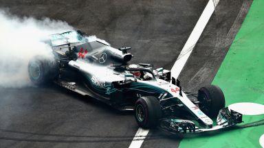 """Люис Хамилтън ликува с пета титла във """"Формула 1"""""""