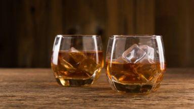 Произвеждат уиски по рецепта на изкуствен интелект