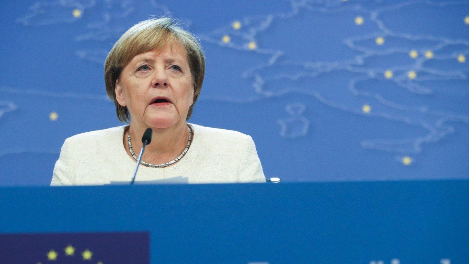 Меркел разкри с кой свой наследник ще може да работи