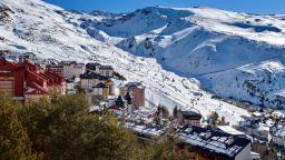 В Испания валя сняг (видео)