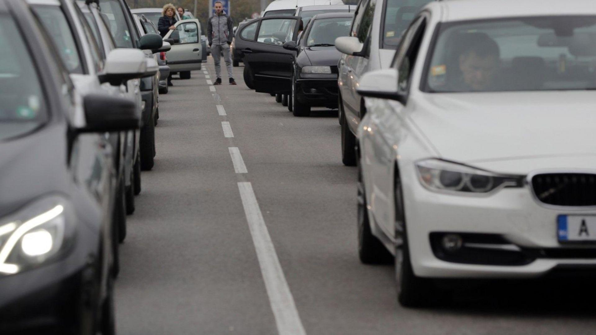 Експерти: Новите данъци няма да променят автопарка у нас