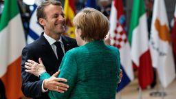 """Краят на ерата """"Меркел"""": Бедствие за Европа или нова роля за Макрон"""