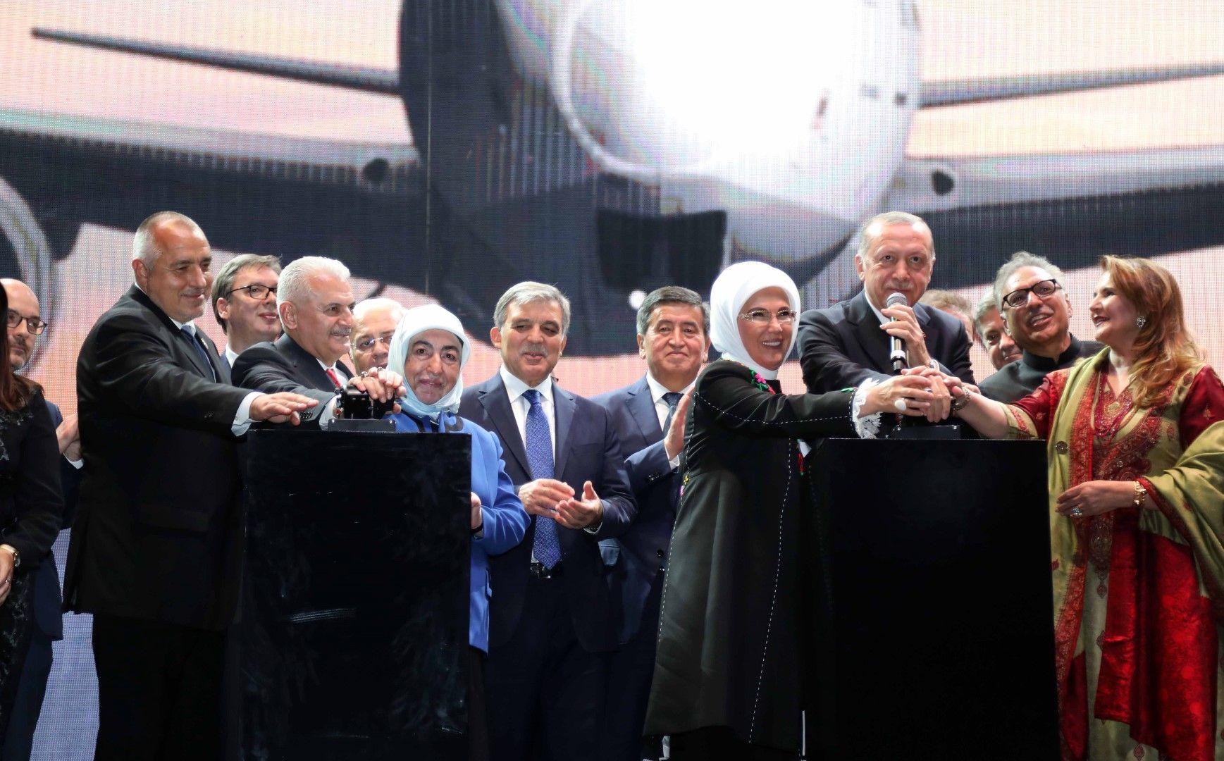 Ердоган открива новото летище в Истанбул