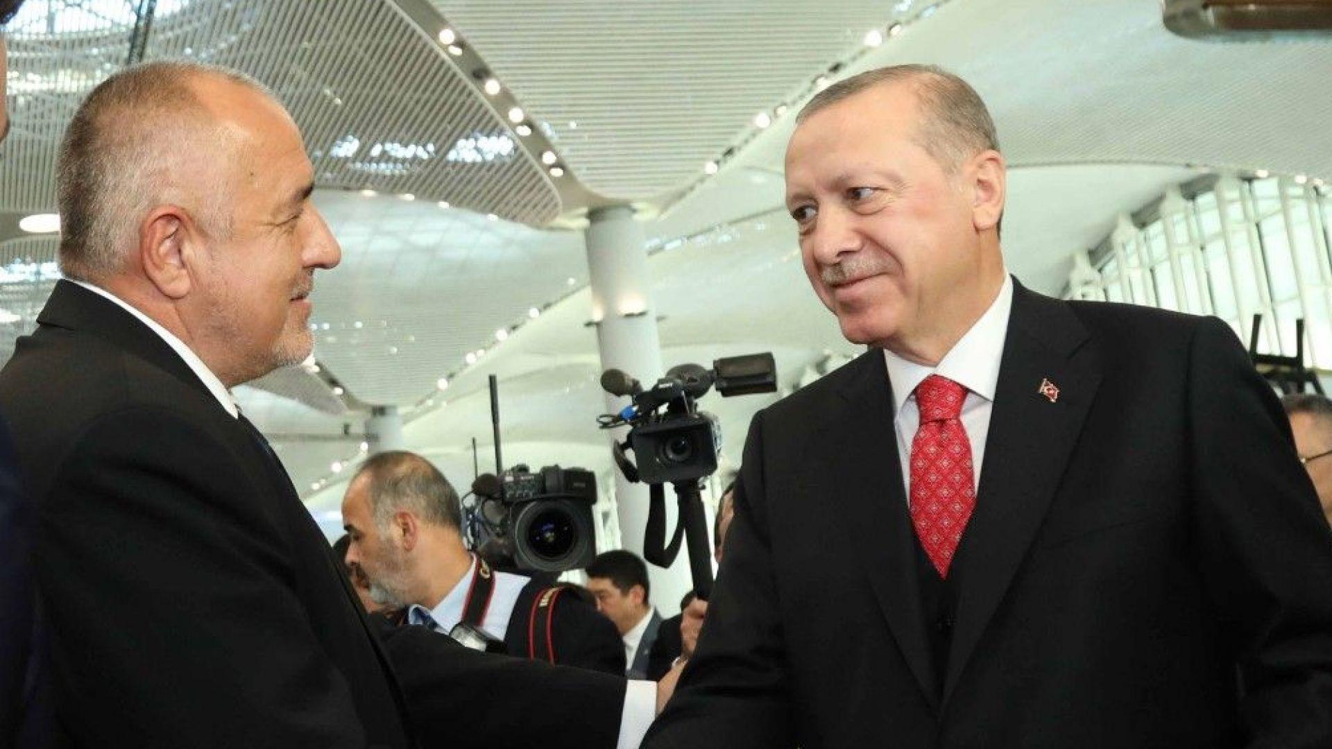 Ердоган откри най-голямото летище в света. Чест е да съм тук, каза Борисов